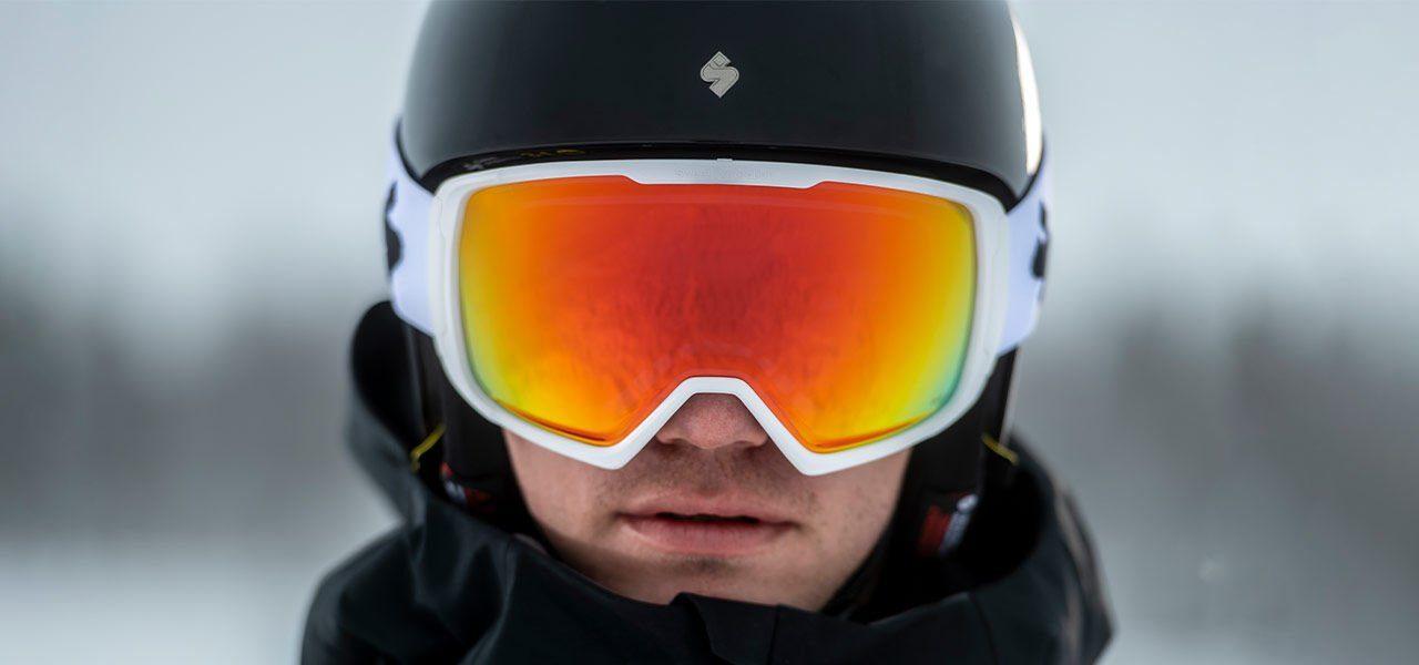 스윗프로텍션 스키 헬멧 스위쳐, 클락웍 스키 고글 착용 샷