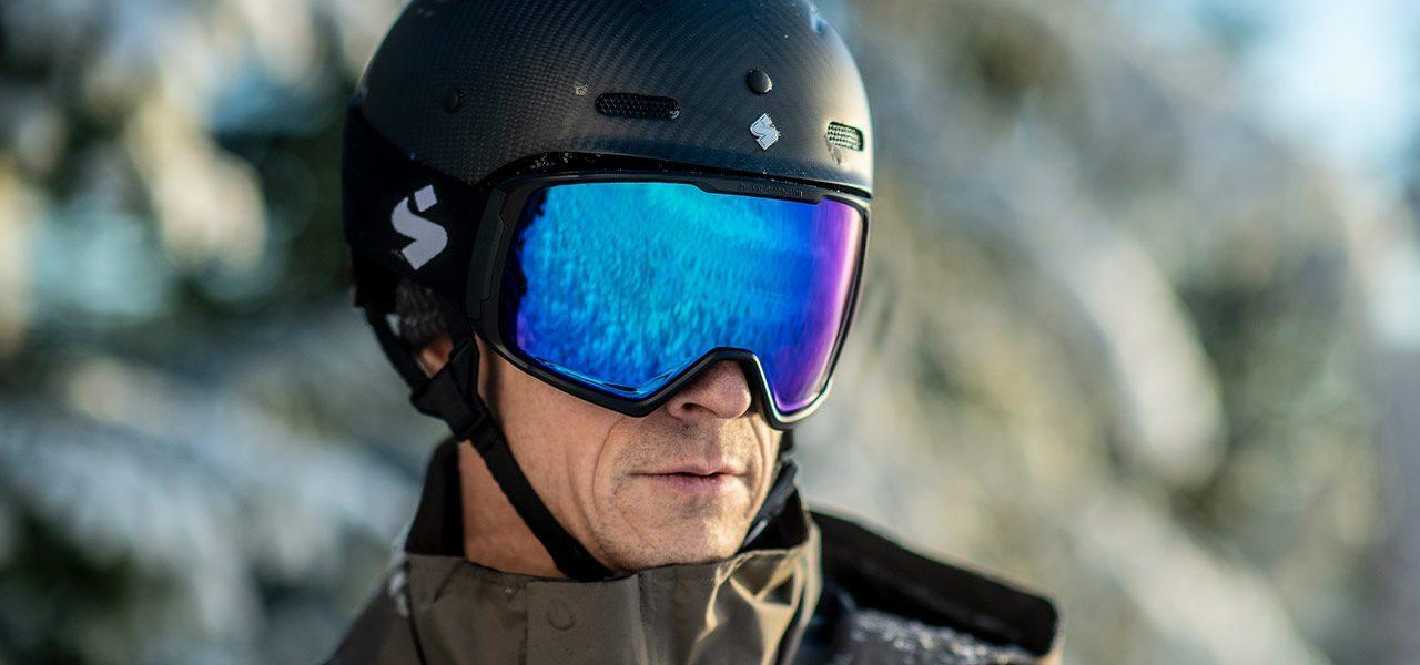 스윗프로텍션 스키 헬멧 그림니르, 인터스텔라 스키 고글 착용 샷